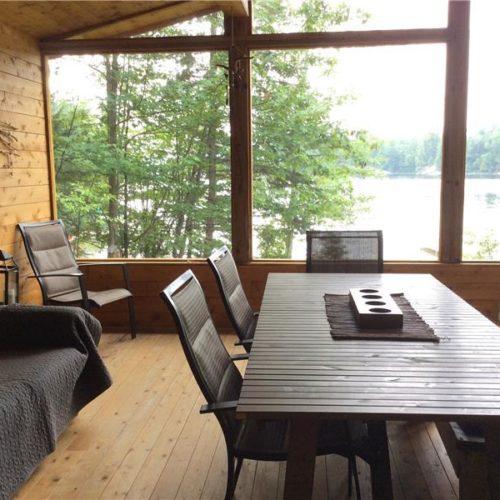 vue sur le lac, bord de l'eau, chalet, cuisine